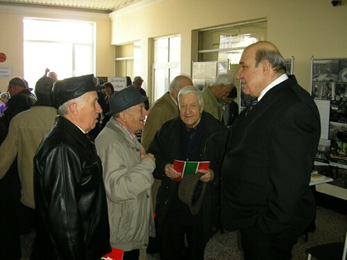 Минчо Минчев сред делегати и гости на Първия редовен конгрес